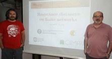 Andrés M. Encinas imparte un curso en la Universidad de San Luis, Argentina